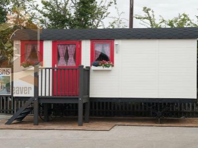 Log Cabin Gypsy Caravan