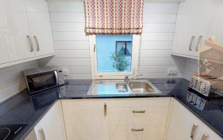 Log Cabin Kay kitchen photograph
