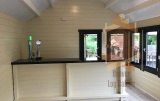 pub log cabin