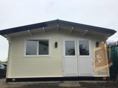 log cabin hendrick