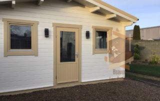 log cabin Ennis