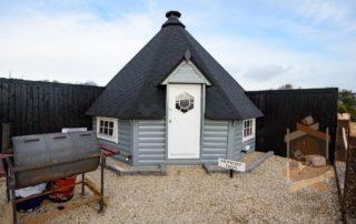 BBQ Cabin in Glamping park