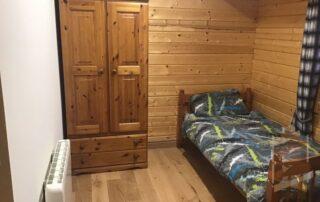 small bedroom in Log Cabin Ballyragget